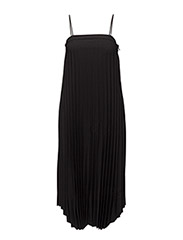 Strap Plise Dress - BLACK
