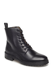 M. Thomas Boot - BLACK