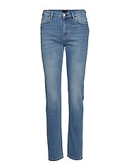 Taylor Washed Jean - MID BLUE