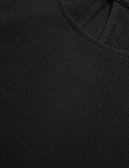 Filippa K - Mesh Tee - t-shirts - black - 2