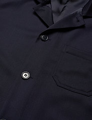 Filippa K - M. Louis Gabardine Jacket - overshirts - navy - 2