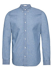M. Lewis Chambray Shirt - LIGHT BLUE