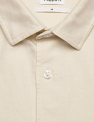 Filippa K - M. Tim Oxford Shirt - chemises basiques - faded yell - 1