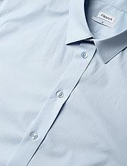 Filippa K - M. Paul Stretch Shirt - oxford overhemden - light blue - 3