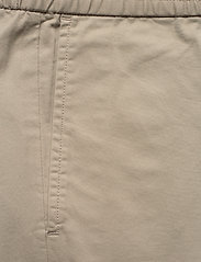 Filippa K - M. Terry Short - tailored shorts - light sage - 2