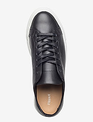 Filippa K - Kate Low Sneaker - sportiska stila apavi ar pazeminātu potītes daļu - black/whit - 3