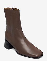 Filippa K - Eileen Leather Boot - stiefeletten mit absatz - grey taupe - 0