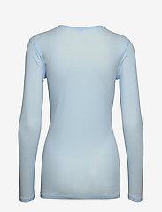 Filippa K - Eloise Top - basic t-shirts - atlantic b - 1