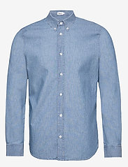 Filippa K - M. Lewis Chambray Shirt - chemises basiques - light blue - 0