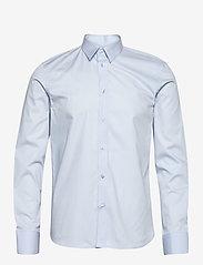 M. Paul Stretch Shirt - LIGHT BLUE