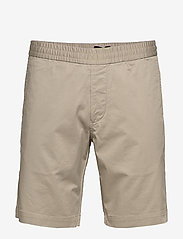 Filippa K - M. Terry Short - tailored shorts - light sage - 0