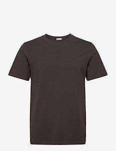 M. Lycra Tee - basic t-shirts - dark mole