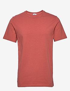 M. Lycra Tee - basic t-shirts - pink cedar