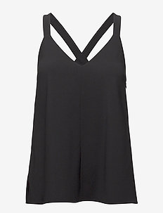 Ami Slip Top - BLACK