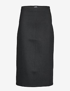 Eva Pull-on Skirt - BLACK