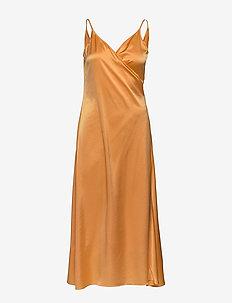 Callie Dress - midi kjoler - pale orang