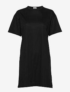 Maddie Dress - korte jurken - black