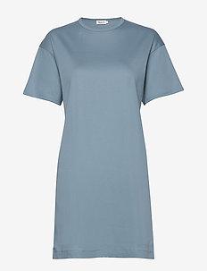 Maddie Dress - robes courtes - blue heave