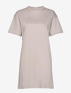 Maddie Dress - robes courtes - sterling g