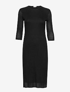 Liana Dress - midi kjoler - black