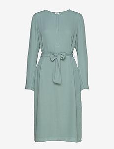 Milla Dress - midi kjoler - mint powde