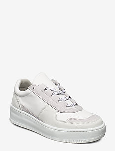 Laura Hiker Sneaker - chunky sneakers - ivory