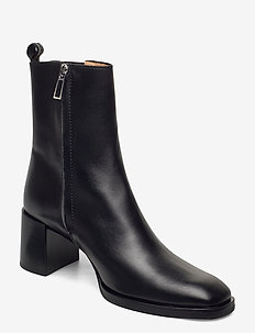 Florence Chelsea Bootie - ankle boots with heel - black