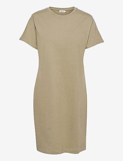 Effie T-Shirt Dress - kesämekot - sage green