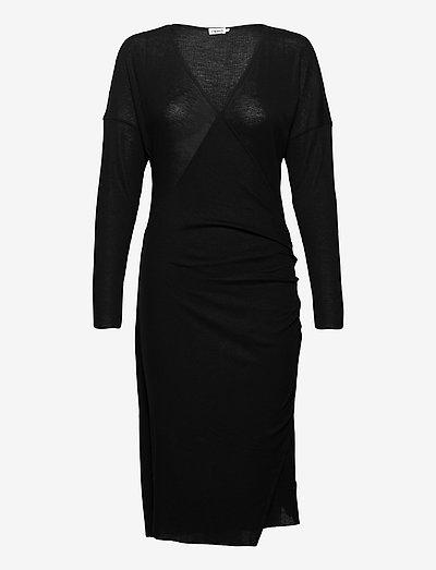 Leonie Wrap Dress - omlottklänningar - black