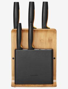 Fiskars FF Knife block bamboo 5 knives - keittiöveitset - no colour