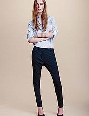 Angelie 315 Black, Pants