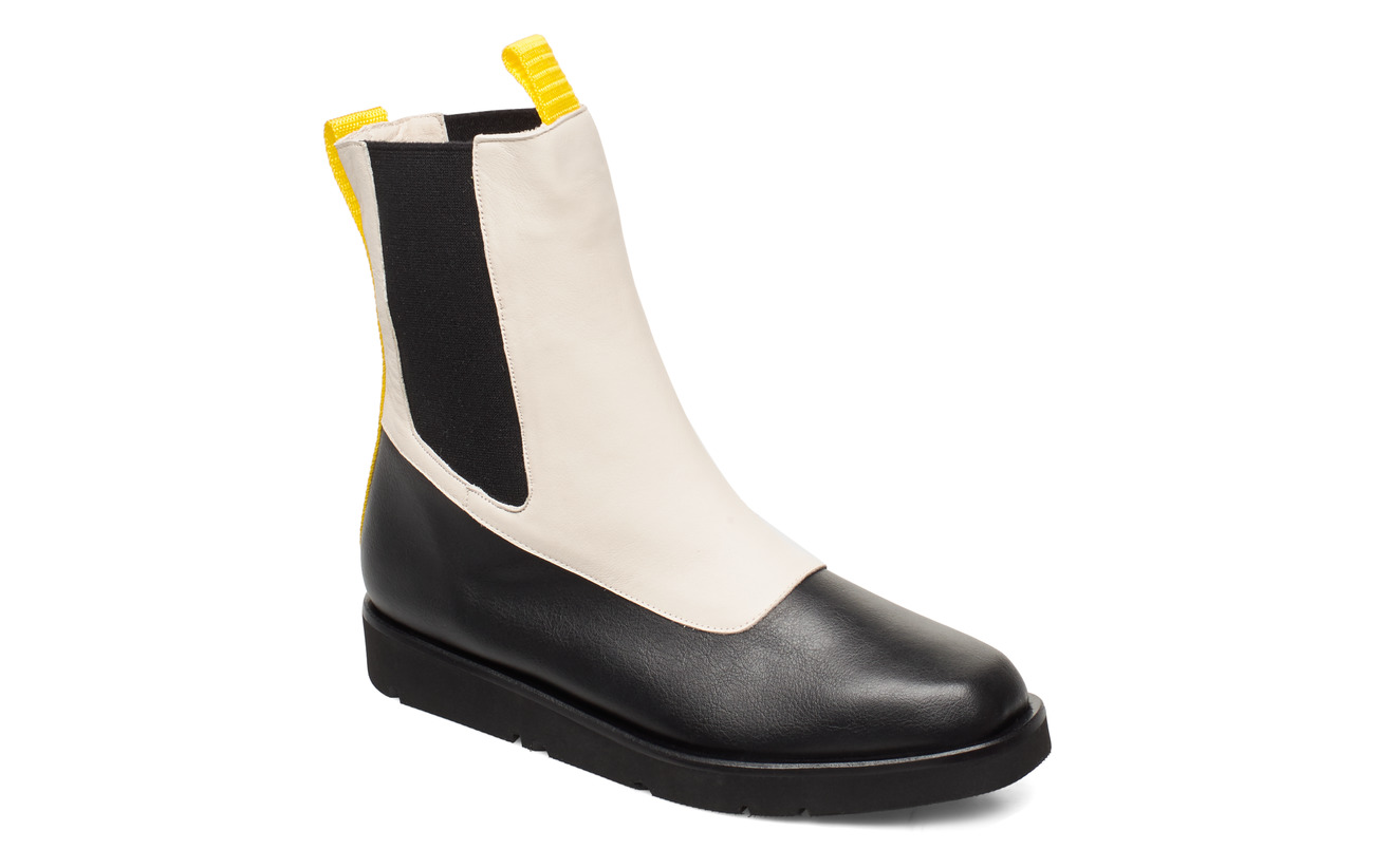 Flattered Ursula Nappa Boot - CREME