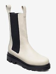 Flattered - Lia Black Leather - platte enkellaarsjes - creme - 0