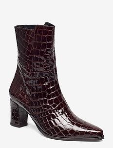 Teddy Nappa Boot - PECAN