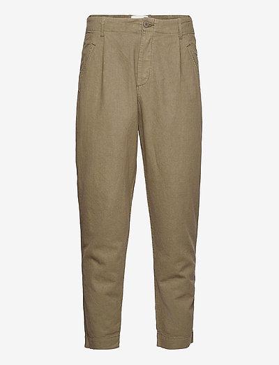 ASSEMBLY PANT - pantalons décontractés - olive linen