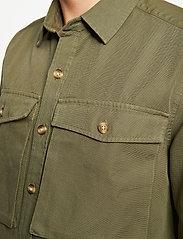 Forét - GONE SHIRT CAMO - odzież - slate - 0