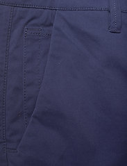 FRAM - Bygdøy Shorts - chinos shorts - outer space - 2