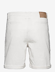 FRAM - Bygdøy Shorts - chinos shorts - blanc de blanc - 1