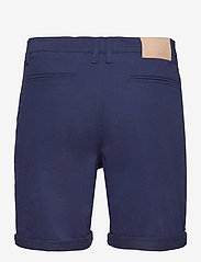 FRAM - Bygdøy Shorts - chinos shorts - outer space - 1