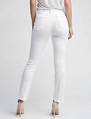 FRAME - LE HIGH STRAIGHT - straight jeans - blanc - 4