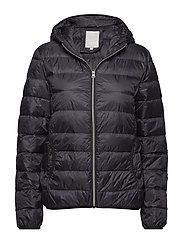 Zadown 1 Outerwear - BLACK