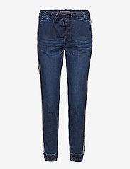 Fransa - Podobby 1 Jeans - straight jeans - simple blue denim - 0