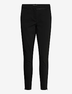 Zacity 1 Pants - slim fit housut - black