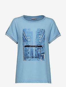 Belady 1 T-shirt - PLACID BLUE
