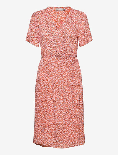 FRALCRINKLE 2 Dress - sommerkjoler - dusty orange mix