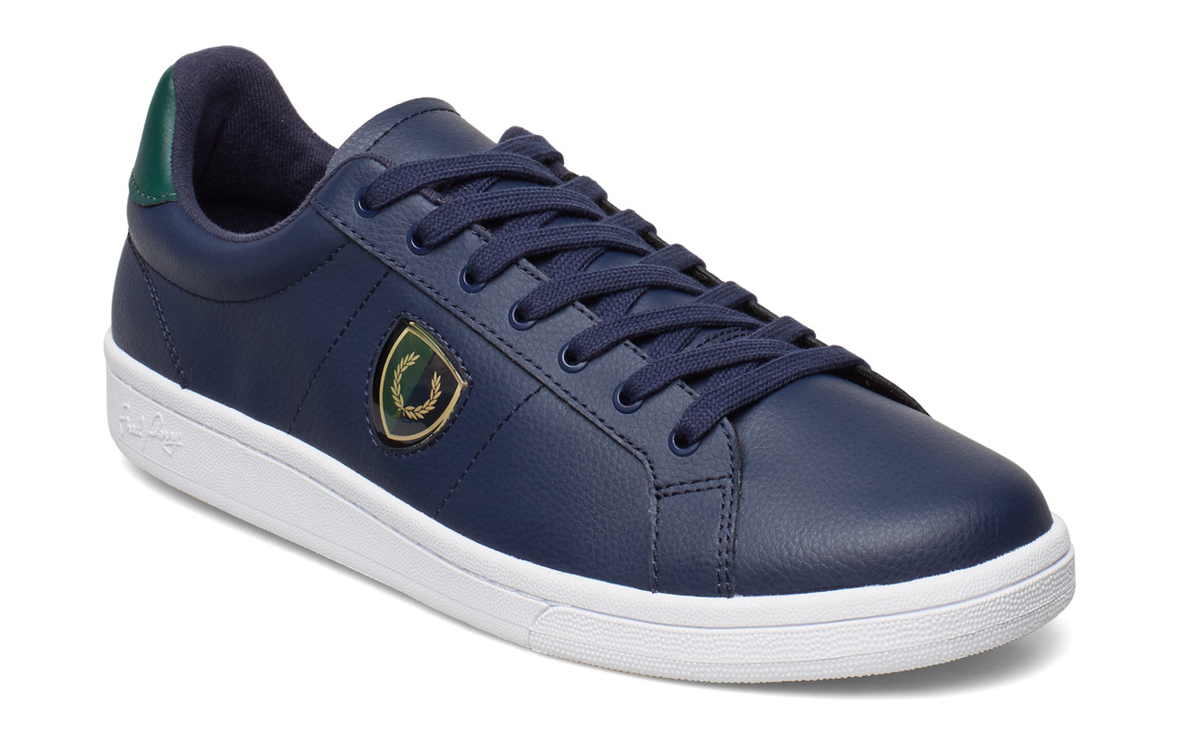 Fred Perry B721 LTH/SHIELDS BADGE - CARBON BLUE