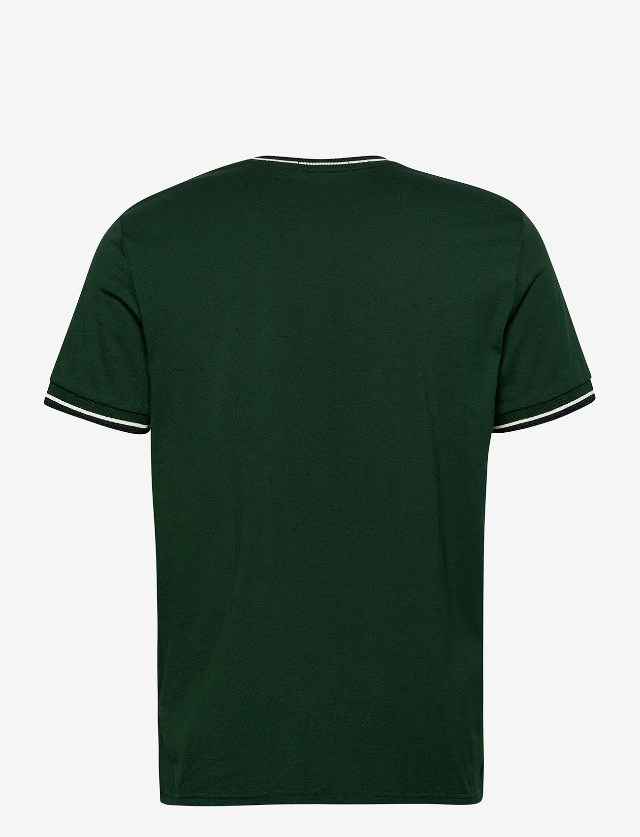 Fred Perry TWIN TIPPED T-SHIRT - T-skjorter IVY - Menn Klær