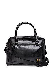 Tumbled Pu Side Bag Bags Weekend & Gym Bags Svart FRED PERRY