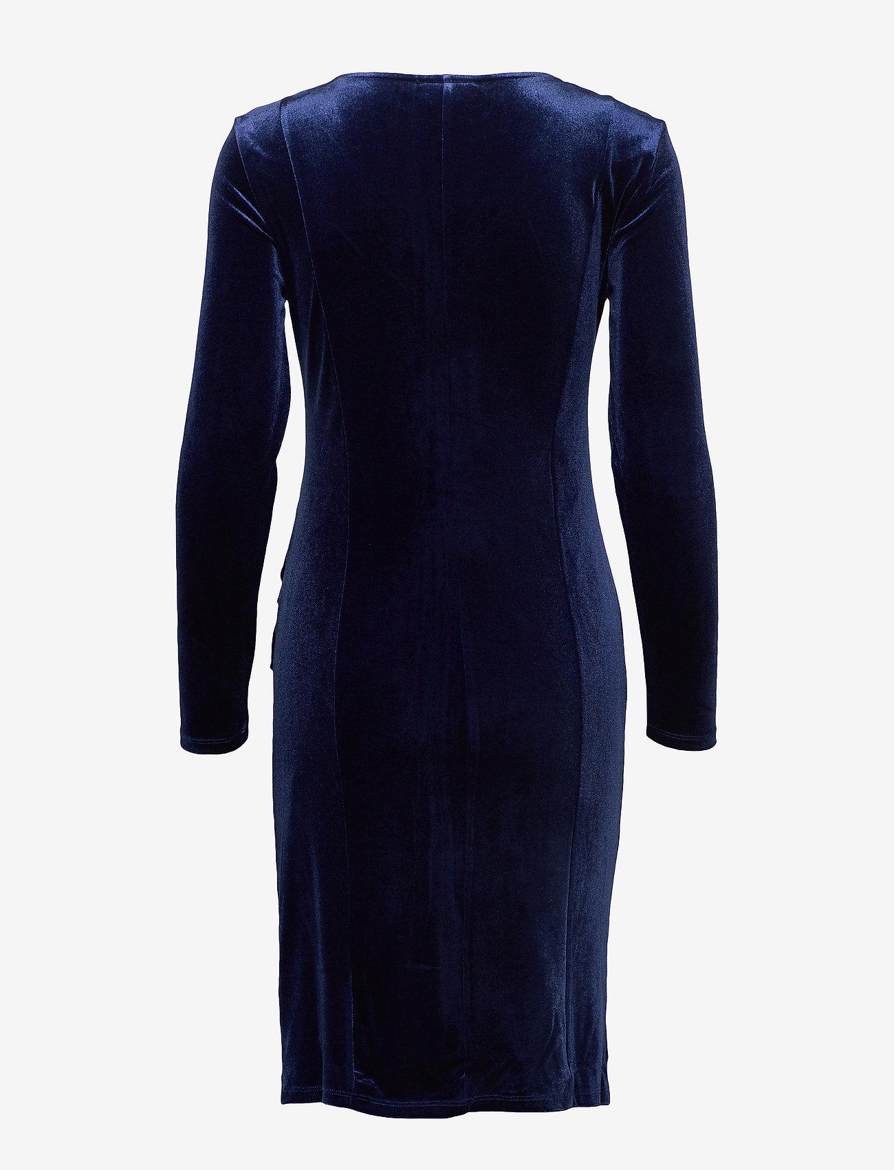 Free/quent Fqdafina-v-dr-slim-ls-velvet - Dresses