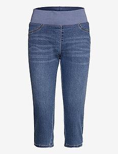 SHANTAL-CA-DENIM - capri bukser - vintage blue denim